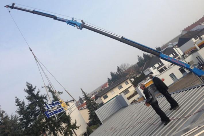 Lichtwerbung auf dem Dach