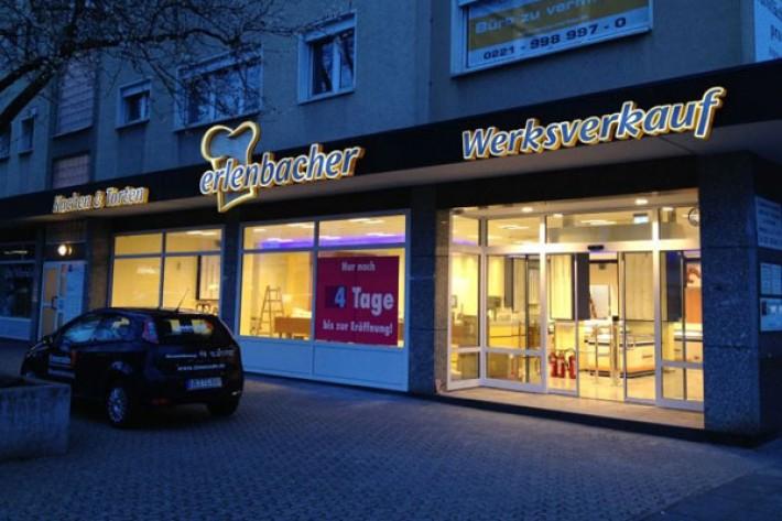 Lichtwerbung für Ladenlokal